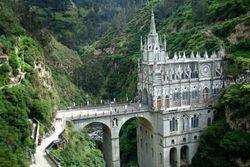 50-Extraordinary-Churches-laslajas